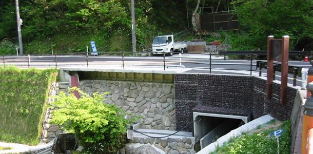 老朽化した短スパン橋の拡幅工事ベアリング横引き工法実績紹介(2012年3月記事再アップ)