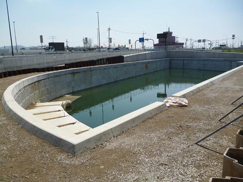 大型積みブロックで調整池護岸構築を提案 のご紹介