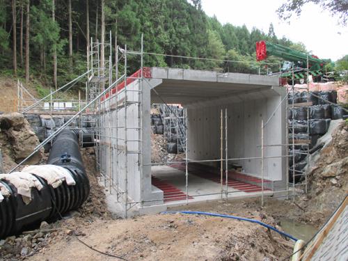小規模短スパン橋梁へのボックスカルバート適用事例 のご紹介